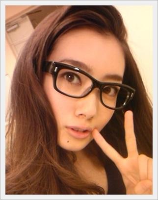 波留 ロングヘア メガネ めちゃかわいい
