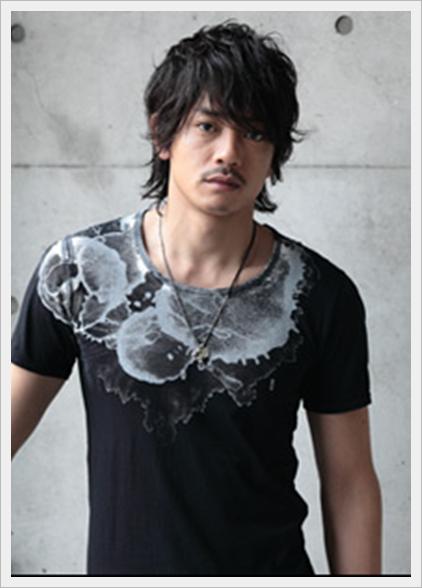 青柳翔 私服Tシャツ画像