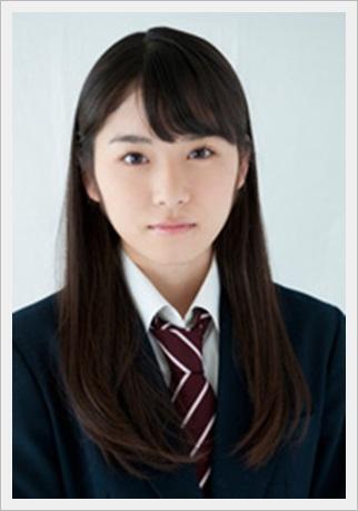 松岡茉優 髪型 黒制服