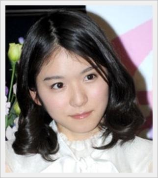 松岡茉優 黒髪セミロング
