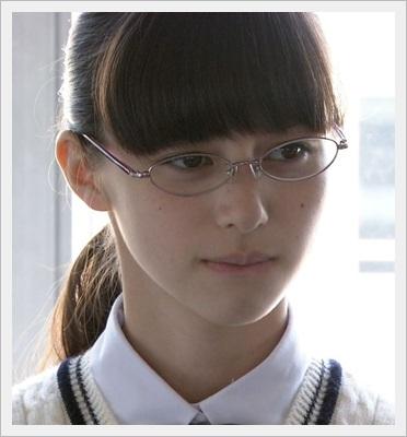 中条あやみ かわいい すっぴん メガネ 笑顔 画像 本名  メガネ4
