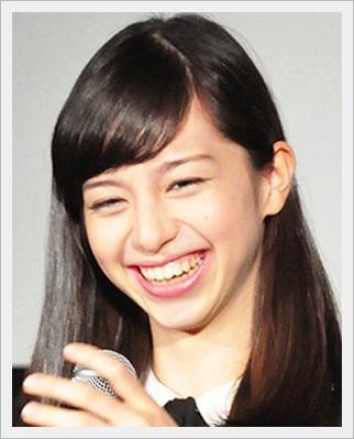 中条あやみ かわいい すっぴん メガネ 笑顔 画像 本名 笑顔2
