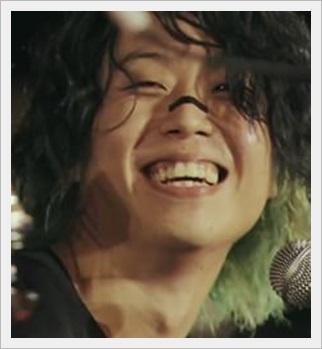 ONE OK ROCK tomoya!ドラム上手いし彼女より髪型や笑顔がかわいい?1