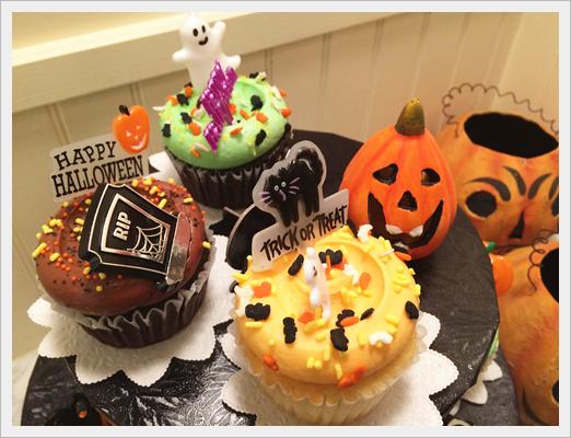 ハロウィンのグルメ2017!渋谷周辺のインスタ栄えするおすすめBEST7マグノリア ベーカリーハロウィン カップケーキ