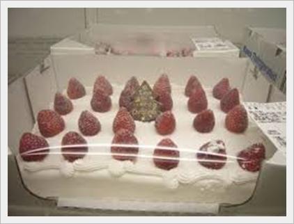 コストコのクリスマスケーキ2017!混雑で予約なしの当日購入はムリ?3